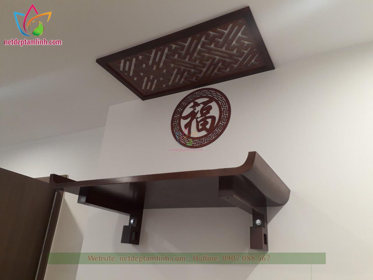 Combo bàn thờ treo tường màu nâu đậm