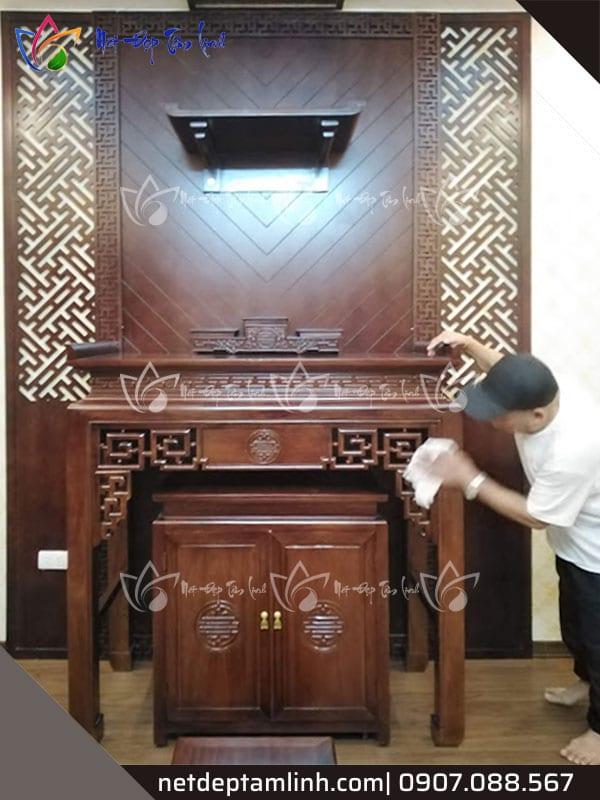 Bàn thờ đứng bằng gỗ gụ đã thi công cho khách hàng