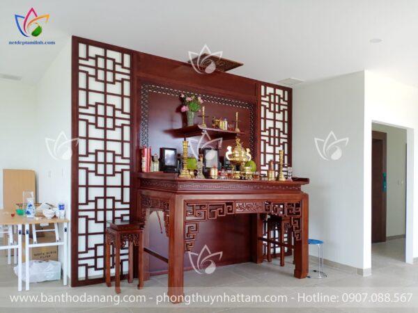 Mẫu bàn thờ gỗ hương đẹp 2021
