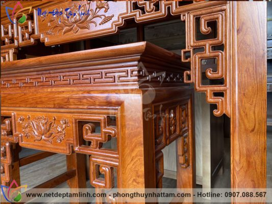 bàn thờ gỗ hương sơn trần