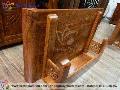 Bàn thờ treo tường gỗ hương đẹp