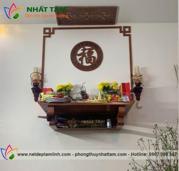 Mẫu bàn thờ treo tường gỗ hương đẹp, hiện đại, giá rẻ 2021