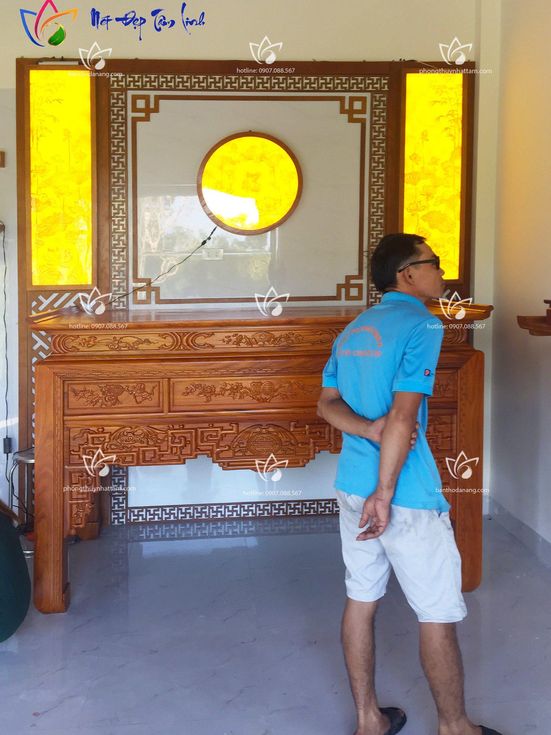 bàn thờ gõ gõ hiện đai