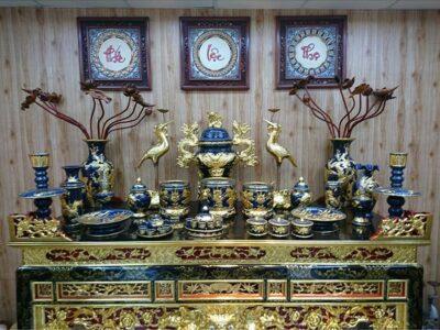 Bàn thờ gia tiên có mấy bát hương là hợp với phong thủy, bạn có biết?