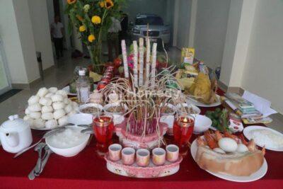 Mâm lễ cúng khi di chuyển bàn thờ