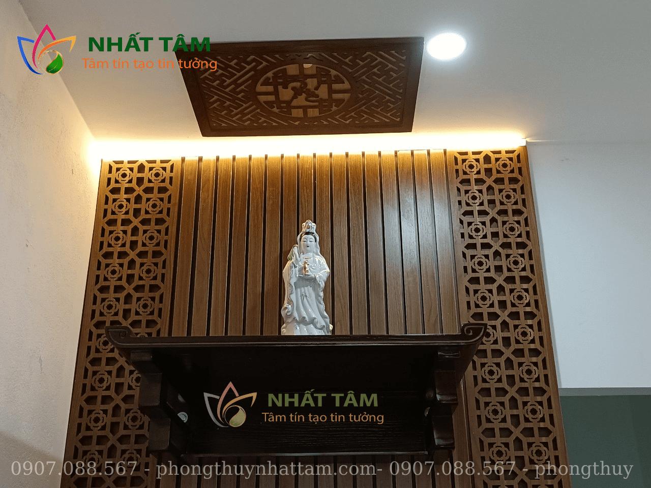 Bàn thờ treo tường Phật